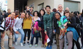 """El Centro en Vitoria-Gasteiz participan en """"El Kilometro de la diversidad"""""""