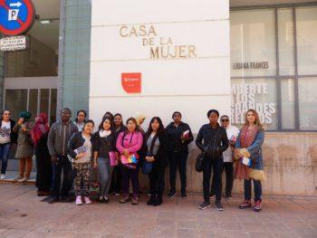 Visita a la Casa de las Culturas y Casa de la Mujer en Zaragoza
